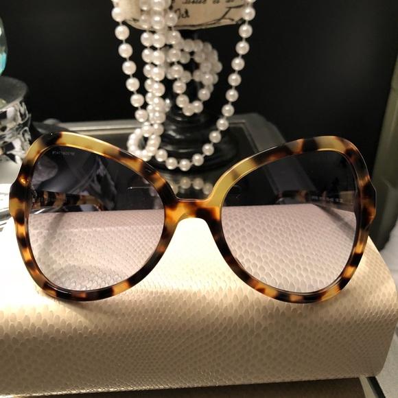 4b0efd1857be9 Authentic Prada Brown Tortoise Cat Eye Sunglasses.  M 5bea3e9f7386bc0afe984550